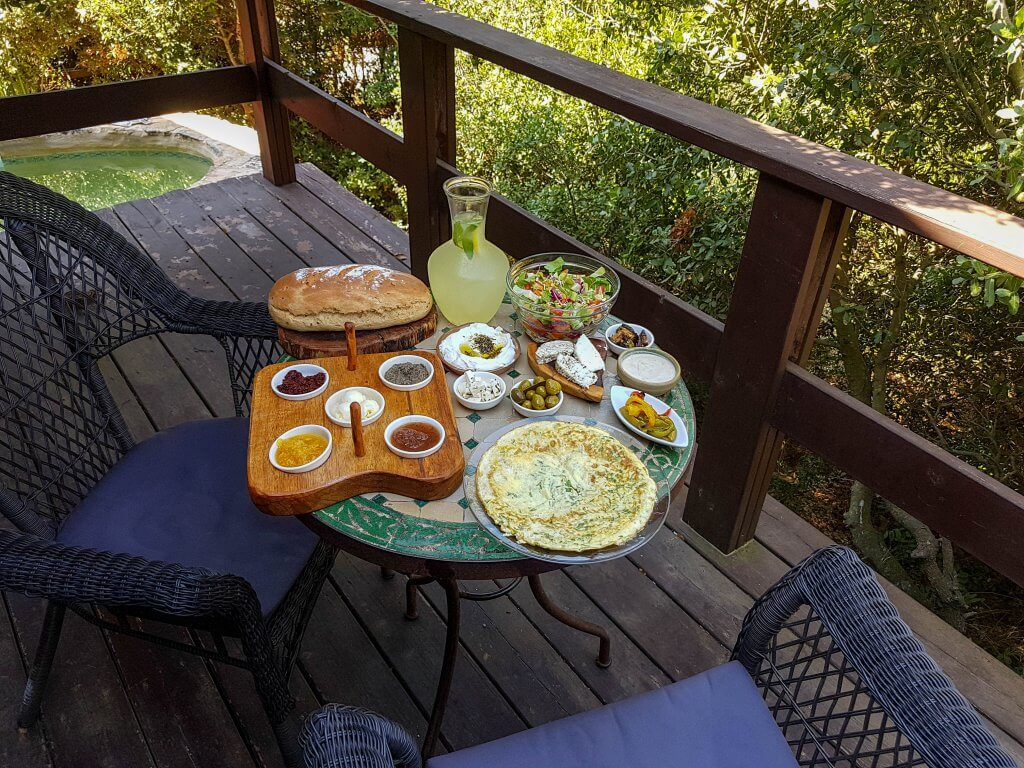 ארוחת הבוקר בצימר עץ החיים מתת